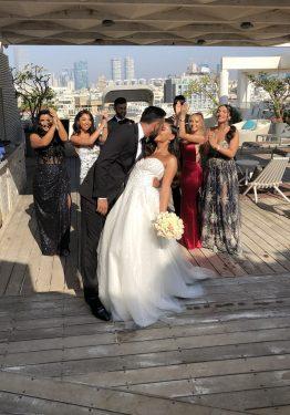 זוג ביום חתונותו