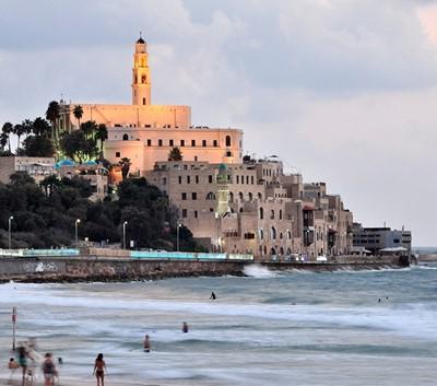 """מלון מפנק, חוף ים ומסעדות: 7 המלצות לסופ""""ש בתל אביב"""